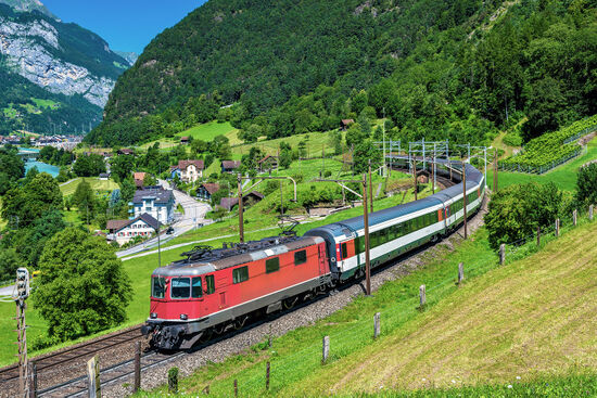 Train on the classic Gotthard route in 2016, prior to the opening of the Gotthard Base Tunnel later that same year (photo Leonid Andronov / dreamstime.com)