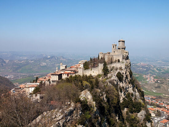 Teetering on the brink: the capital of San Marino clusters around the summit of Mount Titano (photo © hidden europe).