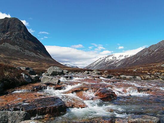 Looking north up Glen Dee towards the Lairig Ghru with Devil's Point on the left and the snow-covered slopes of Ben Macdui in the background on the right (photo © Alan49 / dreamstime.com).